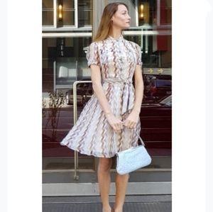 EUC Diane Von Furstenburg 100% Silk Flare Dress